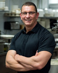 Chef Robert Irvine Encourages Making Eye Healthy Foods Part of Your Diet.  (PRNewsFoto/Transitions Optical, Inc.)