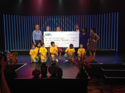 Cox and employees donate $400,000 to Boys & Girls Clubs of America at Phoenix fundraiser on Sept. 23, 2014. PHOTO L-R:Len Barlik, chief product officer, Cox, Pat Esser, president, Cox; Jill Campbell, chief operating officer, Cox; Tim Hogen, Boys & Girls Club of America and past and current Boys & Girls Club of Metro Phoenix members. (PRNewsFoto/Cox Communications)