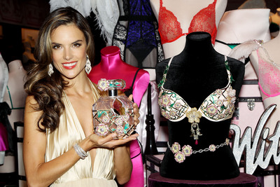 Victoria's Secret unveils Floral Fantasy Gift Set.  (PRNewsFoto/Victoria's Secret)