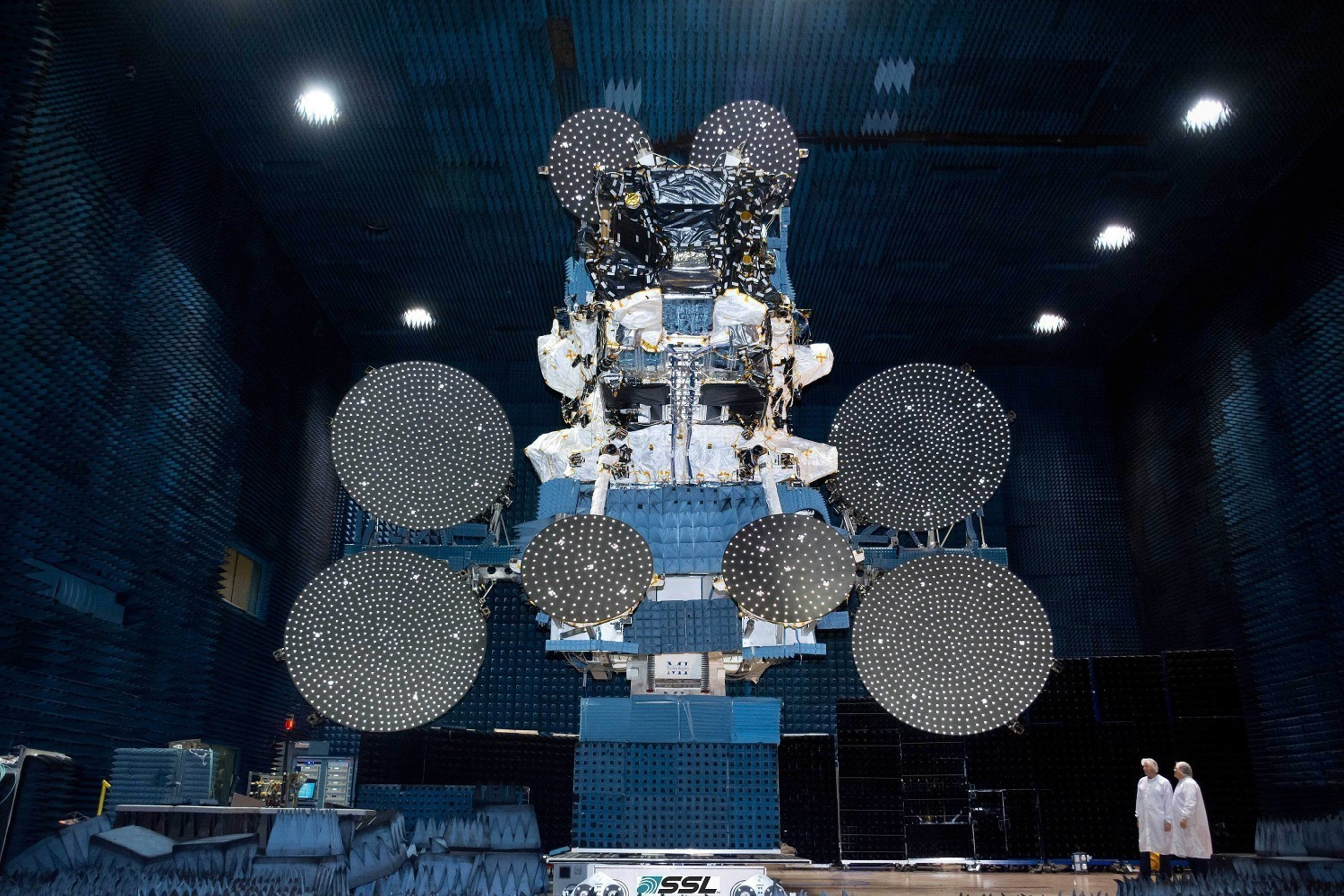 SSL delivers high performance broadband satellite for Australia's national broadband network