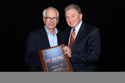 Award is presented to Phil Kommers (left),Hastings Vice President-Aftermarket Sales by Roy Kent, Vice President, Federated Auto Parts (PRNewsFoto/Hastings Premium Filters)