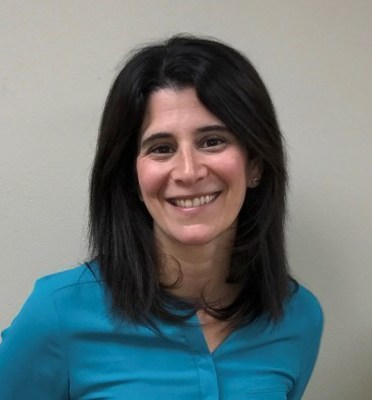 Dr. Stefanie Perle is an accomplished audiologist with experience in cochlear implants.