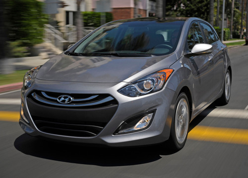 "Hyundai Elantra GT named FIPA's ""2013 Car of the Americas.""  (PRNewsFoto/Hyundai Motor America)"