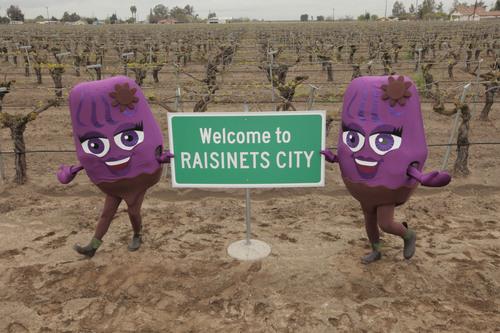 NESTLE® RAISINETS® Takes Over Raisin City, CA on National Chocolate Covered Raisin Day