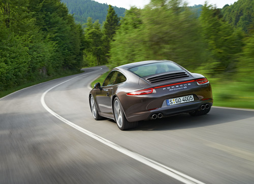 2013 Porsche 911 Carrera 4S Coupe.  (PRNewsFoto/Porsche Cars North America, Inc.)