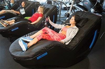 breakthrough hydromassage lounge™ model hits the market