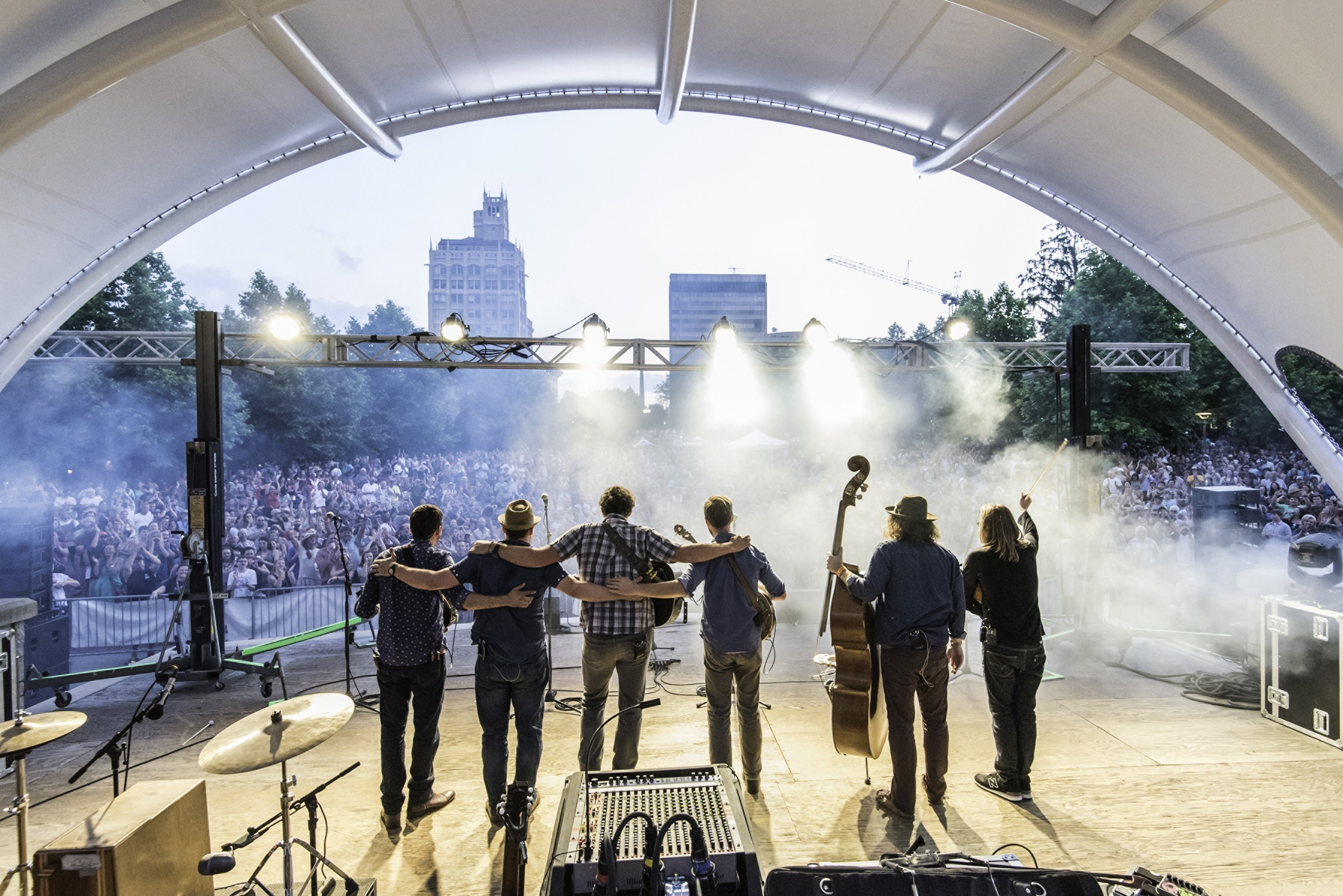 16 Toe-Tapping Reasons Asheville Is The Next Music City