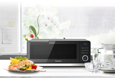 PANASONIC UNVEILS WORLD'S FIRST COUNTERTOP INDUCTION OVEN AT INTERNATIONAL HOME & HOUSEWARES SHOW
