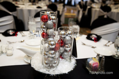 The Chicago Marriott Southwest at Burr Ridge is offering a special promotion for companies that plan their holiday parties at the Burr Ridge hotel and book space prior to Sept. 30, 2014. The hotel offers accommodations for up to 500 people. For information, visit www.Marriott.com/CHISW or call 1-630-986-4100. (PRNewsFoto/Chicago Marriott Southwest at Bu)