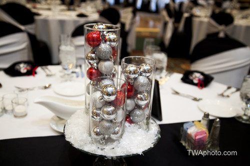 The Chicago Marriott Southwest at Burr Ridge is offering a special promotion for companies that plan their holiday parties at the Burr Ridge hotel and book space prior to Sept. 30, 2014. The hotel offers accommodations for up to 500 people. For ...