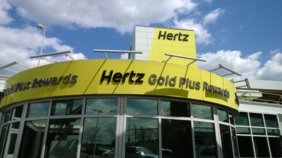Hertz Reinvents Newark Airport Car Rental Experience. (PRNewsFoto/The Hertz Corporation)