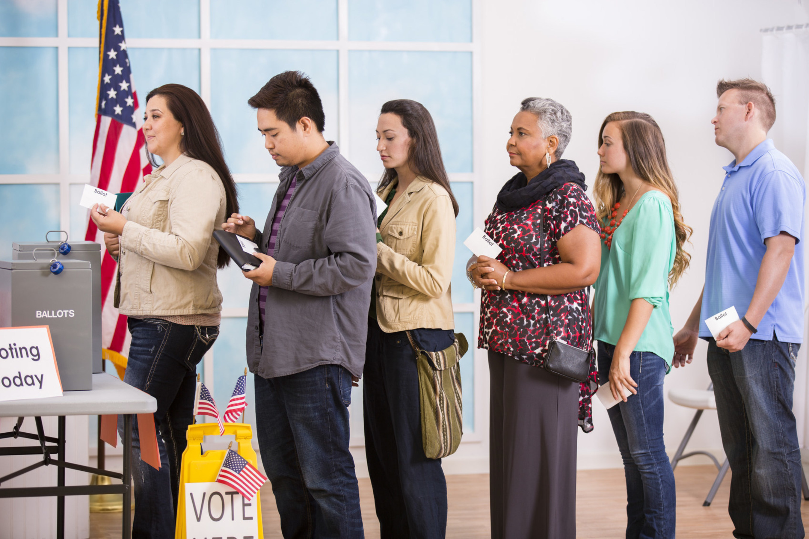 Straw Poll Vote online today! votethisorthat.com Photo Credit: Pamela Moore