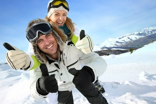 Couples prefer to go skiing in Austria. (C) Goodluz - shutterstock.de (PRNewsFoto/TravelTrex GmbH)