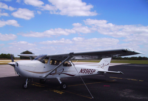 From High School to Flight School-Earn Your Private Pilot's License for Free!