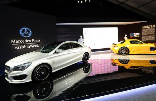 New York Ushers In Mercedes-Benz Fashion Week. (PRNewsFoto/Mercedes-Benz USA) (PRNewsFoto/MERCEDES-BENZ USA)