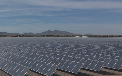 Yingli Modules at the 25 MW Queen Creek Solar Farm in Arizona.  (PRNewsFoto/Yingli Green Energy Holding Company Limited)