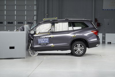 Redesign takes 2016 Honda Pilot to IIHS TOP SAFETY PICK+ list.