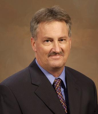 Randy J. Potts.  (PRNewsFoto/Winnebago Industries, Inc.)