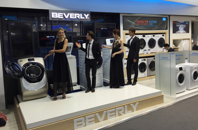 2016 IFA Little Swan Beverly II series booth and product display
