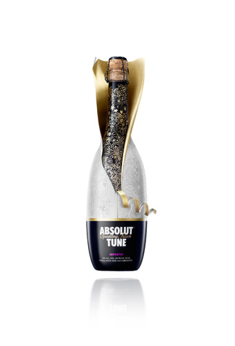 ABSOLUT TUNE can now be enjoyed nationwide.  (PRNewsFoto/Pernod Ricard USA)
