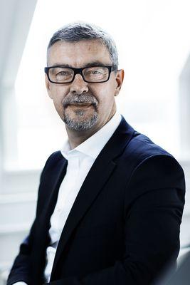 Morten Hjelmsoe Close Up