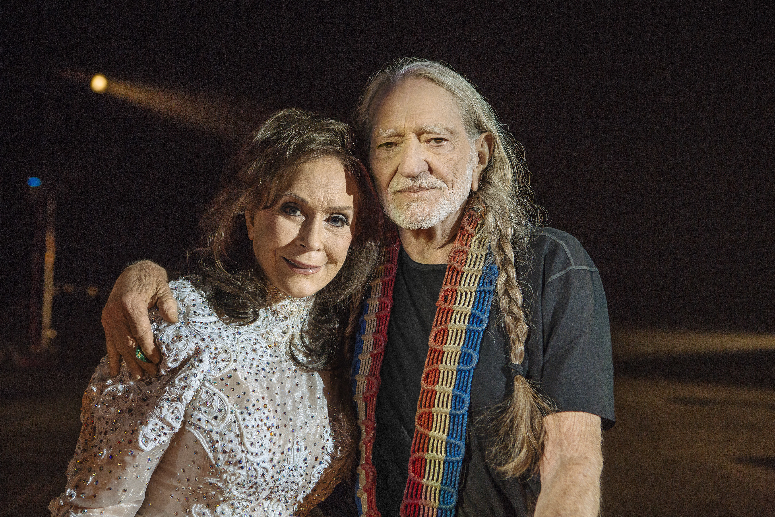 """The new music video for """"Lay Me Down""""--a duet from Loretta Lynn's new album, FULL CIRCLE, sung with Willie Nelson--reunites two of music's greatest living legends on stage for the first time in more than 30 years."""