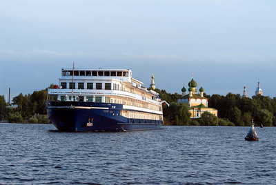 Grand Circle Cruise Line's popular 16-day Russia Revealed: Moscow to St. Petersburg river cruise explores Moscow, Uglich, Goritsy, Kizhi, Petrozavodsk, Svir Stroi, and St. Petersburg.  (PRNewsFoto/Grand Circle Cruise Line)