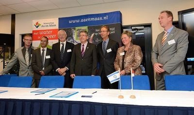 Ambassador Haim Divon at agreement signing of Dutch industry and Israel's Applied CleanTech (PRNewsFoto/Applied CleanTech)