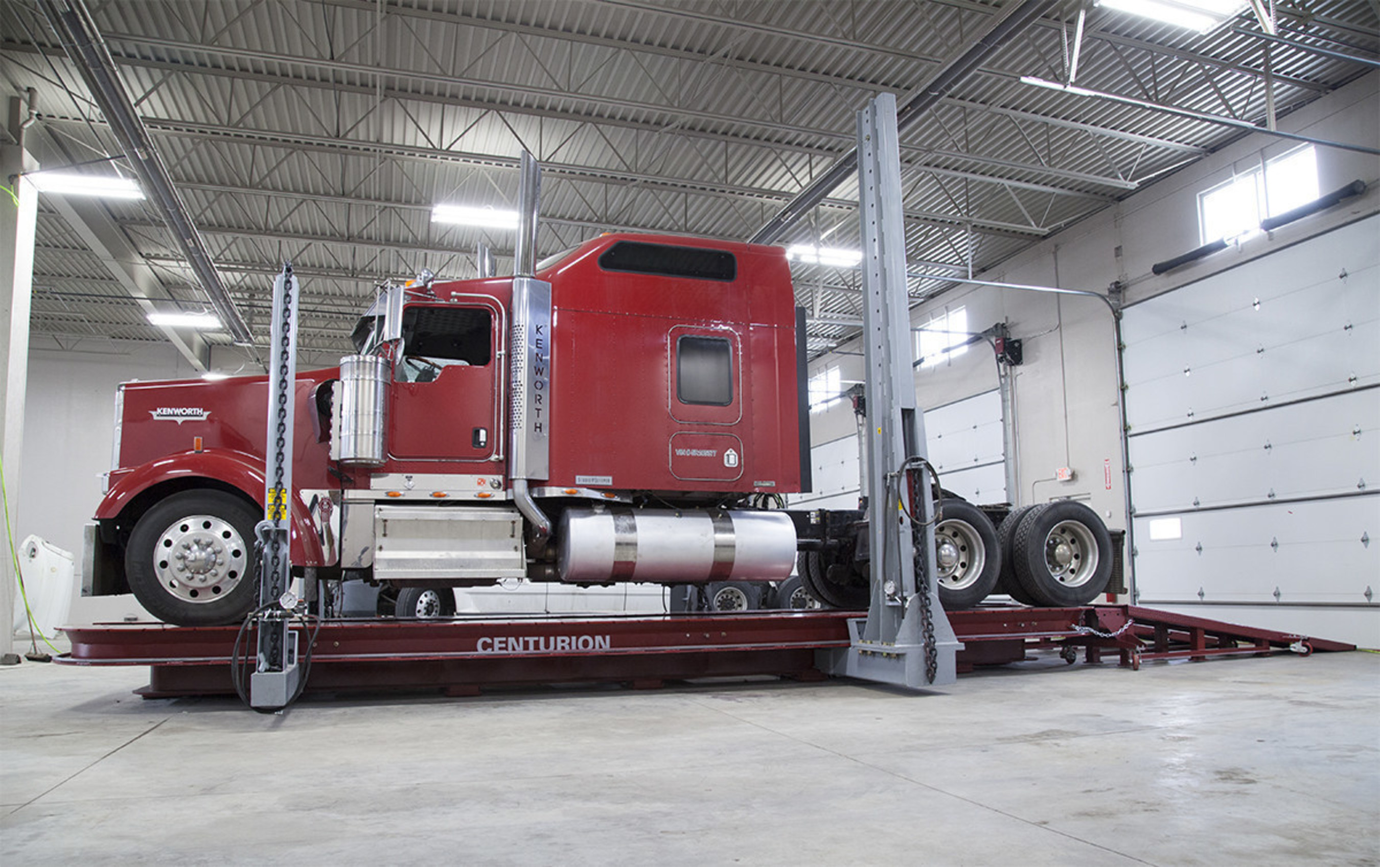 Chief 174 Introduces Heavy Duty Collision Repair Line For