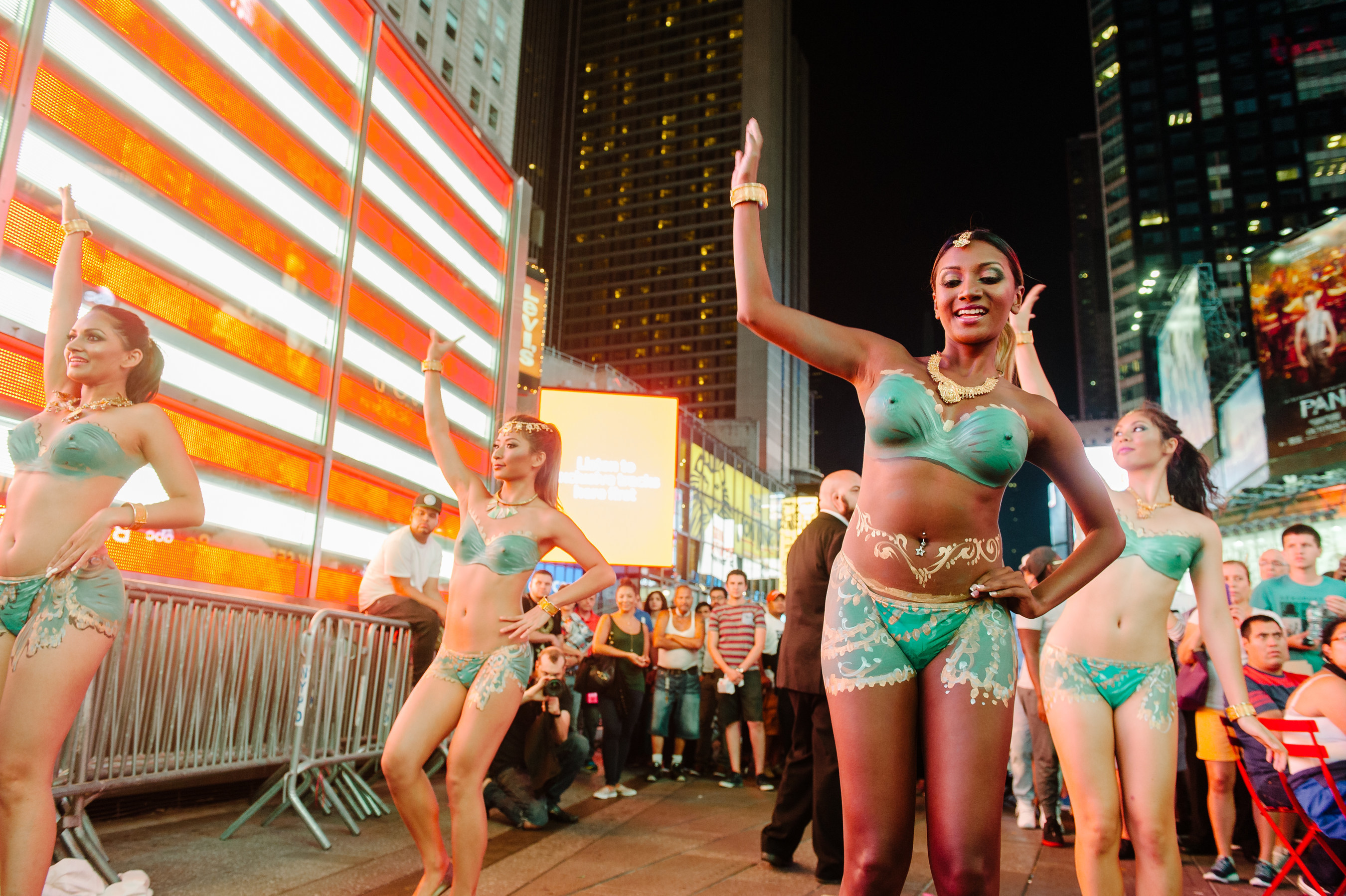 Nude Rebtel Desi Dancers Take Over Times Square Giving Desnudas a Run for Their Money to Announce Unlimited Calling to India