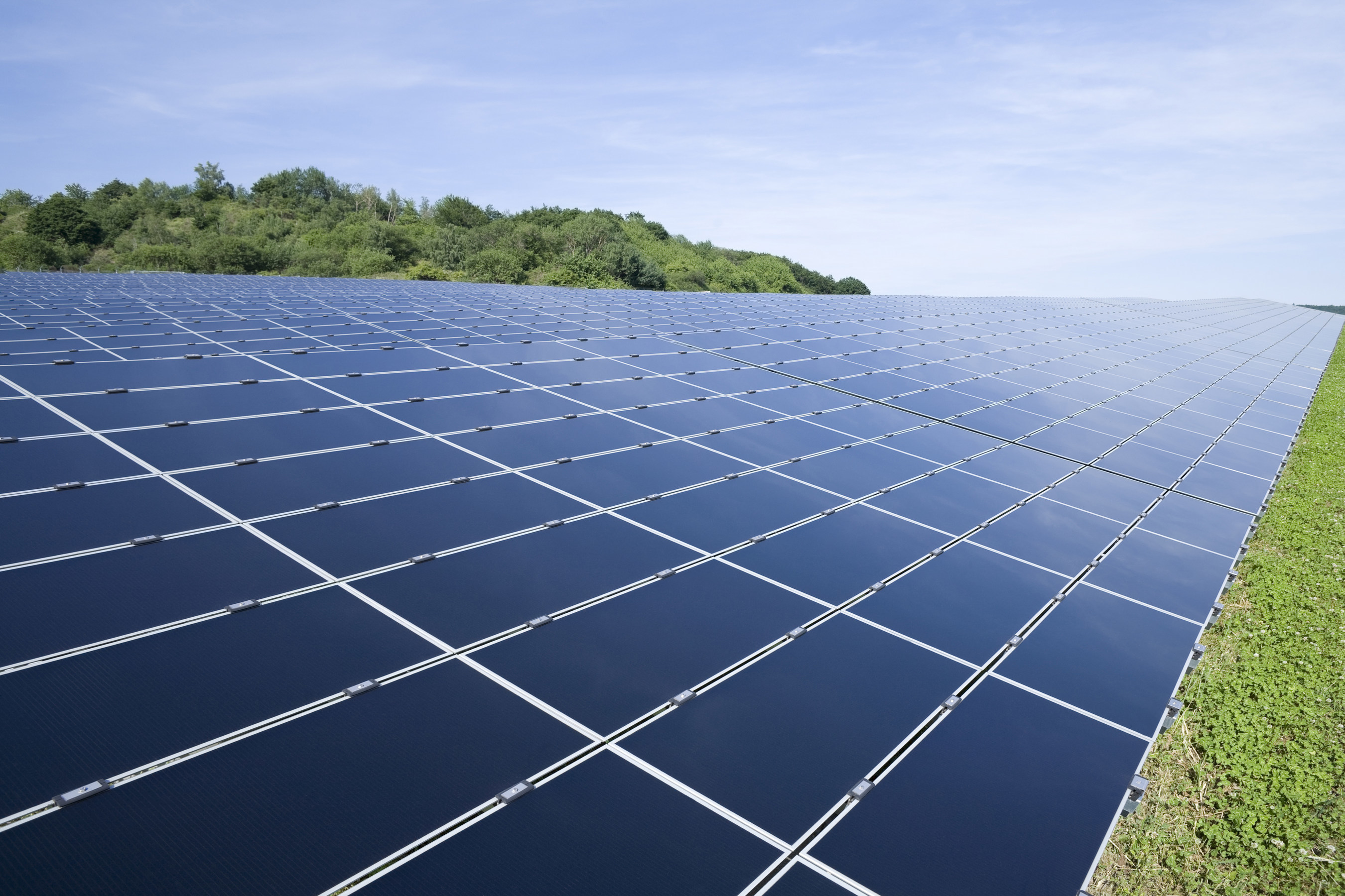 Solar Farm Company Discusses Investment Possibilities with Oil & Gas Developers
