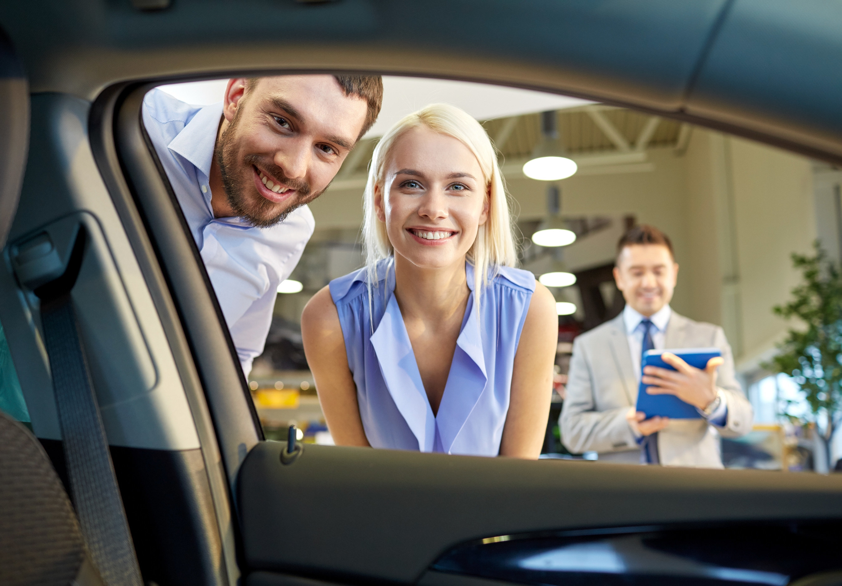Online finance tools available at used car dealership in Portsmouth, New Hampshire.