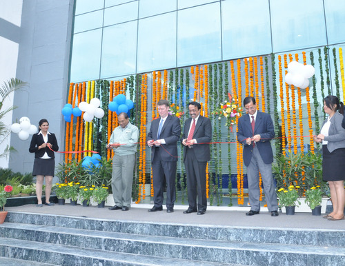 The opening ceremony for BorgWarner's new facility in Manesar, India, was attended by (left to right) S. Maitra, Chief Operating Officer, Supply Chain, Maruti Suzuki India Limited; Brady Ericson, President and General Manager, BorgWarner Emissions Systems; S. Sreekanth, Senior General Manager, Strategic Sourcing, Mahindra & Mahindra Limited; and Sudhir Chawla, General Manager, BorgWarner Emissions Systems. (PRNewsFoto/BorgWarner Inc.) (PRNewsFoto/BORGWARNER INC.)