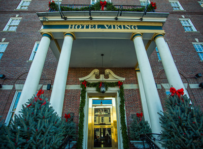 Hotel Viking in Newport, RI decorates inside and out for the holidays. Photo by Lee Abney