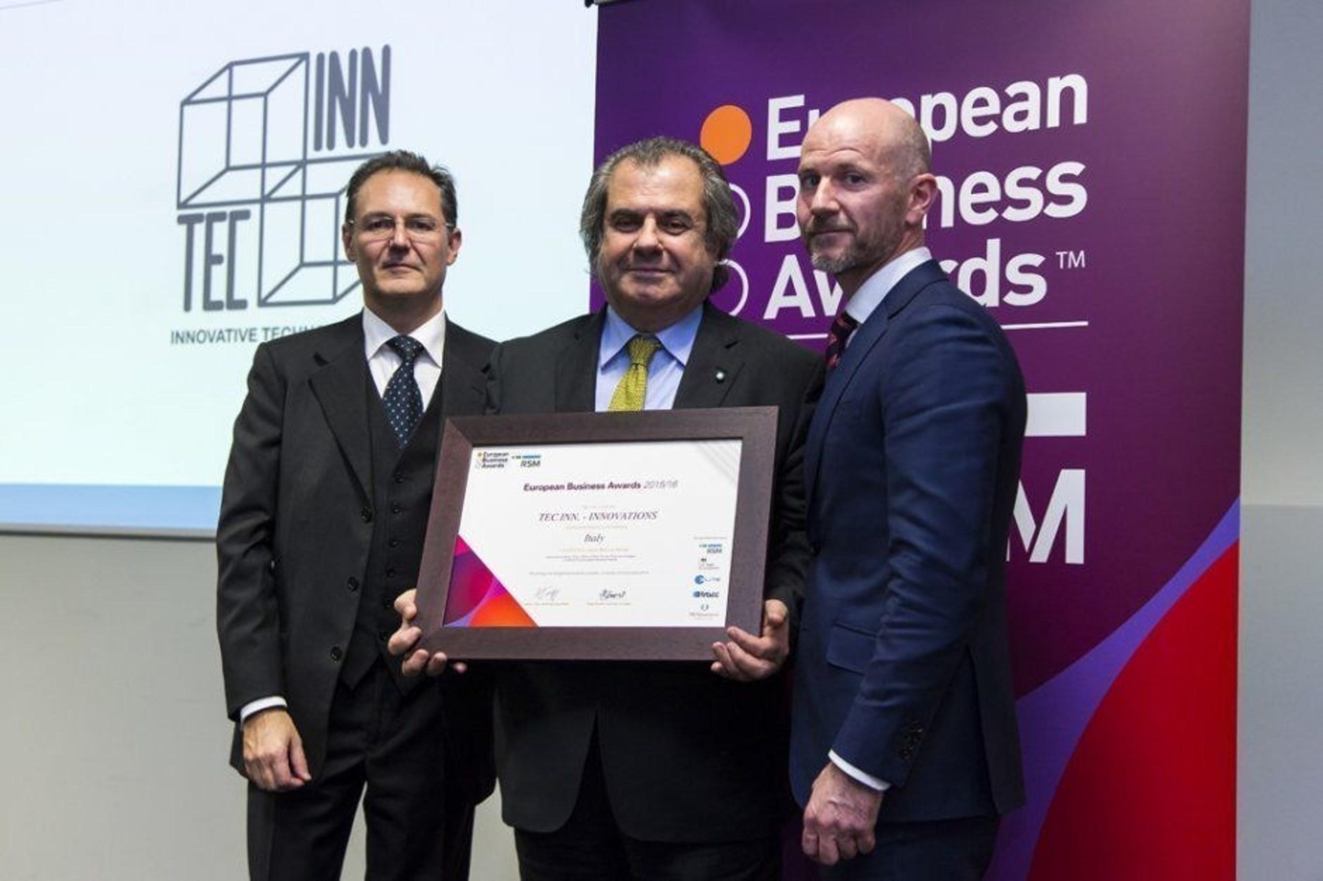 Milan, 27 November 2015, Eng. Emo Agneloni receives the Award as National Champions for Tec. Inn. INNOVATIONS (PRNewsFoto/TEC.INN. - INNOVATIONS) (PRNewsFoto/TEC.INN. - INNOVATIONS)