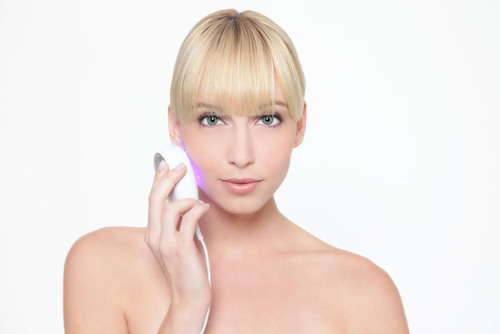 Baby Quasar announces the launch of its next-gen skin care tool, Clear Rayz, for the treatment of