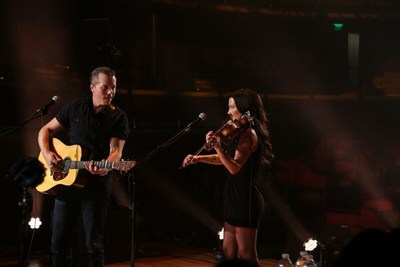 GRAMMY winning Jason Isbell and wife Amanda Shires perform a live streamed concert for Chicago's Congress Park