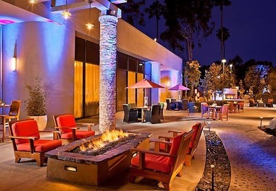 The holiday season is in full swing at Torrance Marriott Redondo Beach, which is hosting its annual tree lighting on Nov. 30, 2015 at 5 p.m. The hotel is also offering a $25 credit to guests who book before the end of the year using promotional code 22H. For information, visit www.marriott.com/LAXTR or call 1-310-316-3636.
