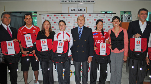 Xoom sponsors the Peruvian Olympic team for the upcoming 2012 London Olympic Games.  (PRNewsFoto/Xoom ...