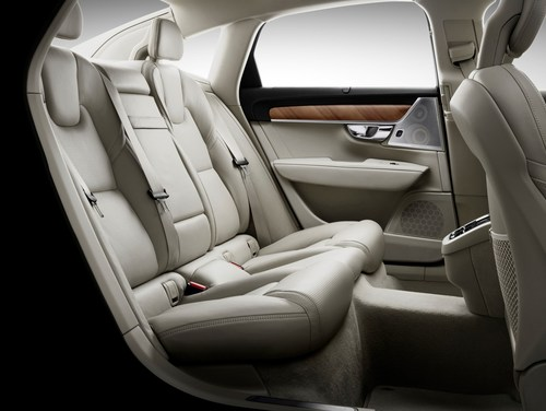 For the Volvo S90 rear seats Johnson Controls created a holistic seating experience, not only in terms of the high quality of the seats, but the optimal use of interior space. (PRNewsFoto/Johnson Controls)