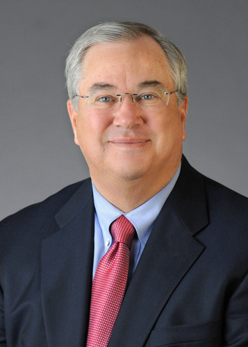 James E. Rohr, Chairman and Chief Executive Officer. (PRNewsFoto/PNC Financial Services Group, Inc.) ...
