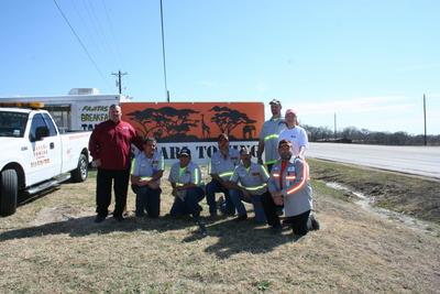 Safari Towing Employees (PRNewsFoto/Beacon Funding Corporation)