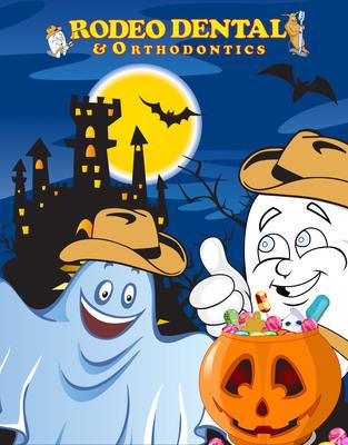 ¡Un dentista que regala dulces a los niños por Halloween!