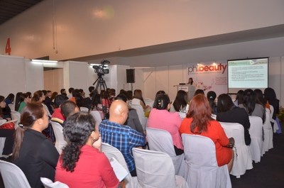 Philbeauty beauty conference brings trade professionals together to engage in business networking.