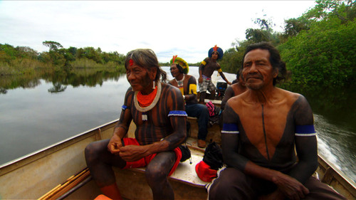 Kayapo tribesmen head out for a day of hunting and fishing on the Amazon. Their livelihood may be endangered by rapid economic growth. CCTV America documentary: 'Tipping Point: The Amazon'. (PRNewsFoto/CCTV America) (PRNewsFoto/CCTV AMERICA)