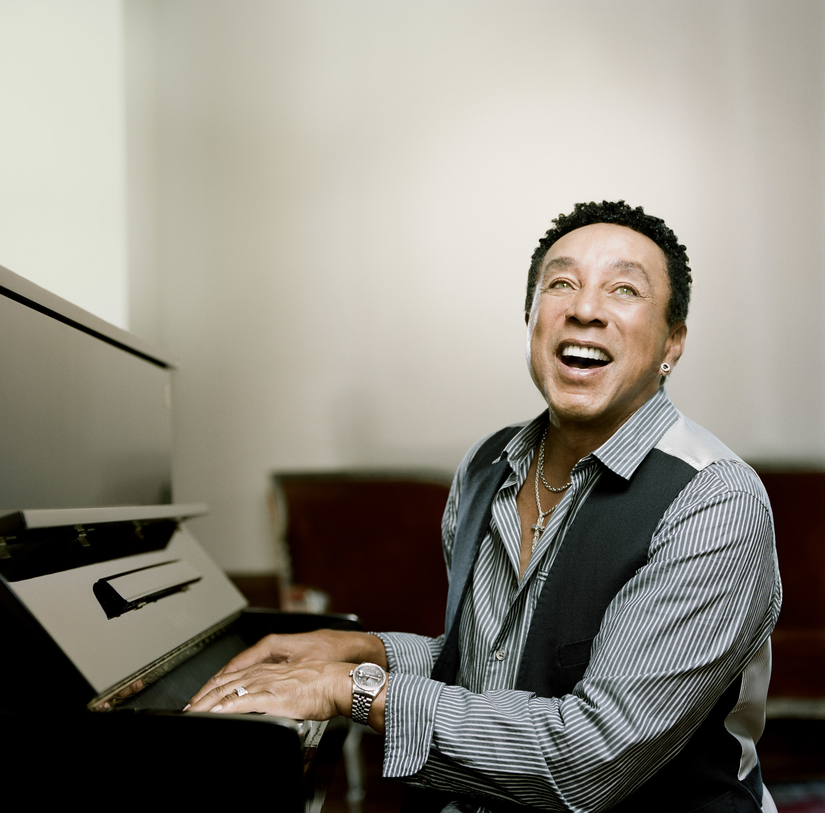 Smokey Robinson and stellar linup on 2016 Soul Train Cruise; featuring The O'Jays, Stephanie Mills, The ...