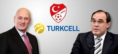 Turkcell CEO Sureyya Ciliv together with the President of Turkish Football Federation Yildirim Demiroren