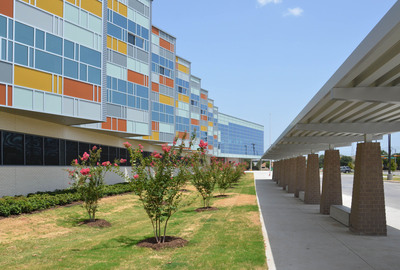 Exterior of Billy Earl Dade Middle School in Dallas, TX (PRNewsFoto/U.S. Concrete, Inc.)