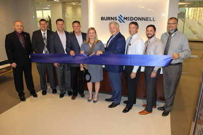 Burns & McDonnell Phoenix Office Ribbon Cutting, from left: Jeffrey Durbin, Keith Koprowski, John Olander, Paul Fischer, Kate Gallego, Pat Edwards, Robert Healy, Jonathan Dusenberry and Matt Brinkman.