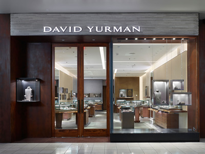 David Yurman Topanga Boutique exterior shot at Westfield Topanga, Canoga Park, California. (David Yurman, Jeffrey Totaro)